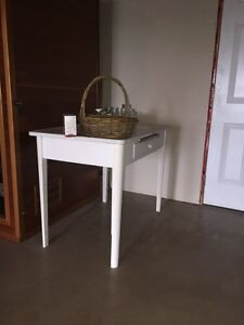 White antique table
