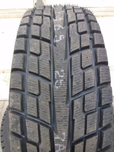 4 - 215/65R16 Yokohama IceGuard iG51 Winter Tires