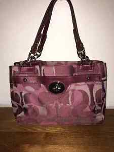 Authentic Coach Penelope Purse