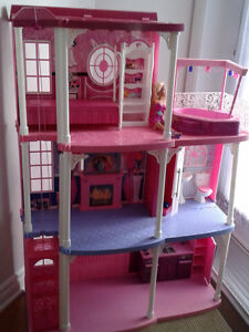 BARBIE 3 STORY DREAM TOWN HOUSE