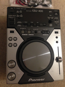 Pioneer CDJ-400 digital CD deck with MP3/USB audio
