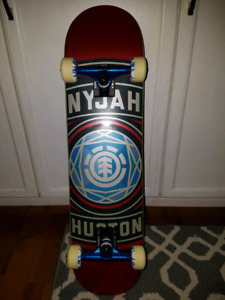 Element Skateboard with new accessories (Mint) $100 OBO
