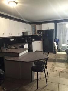 Maison à louer à jonquiere Saguenay Saguenay-Lac-Saint-Jean image 5