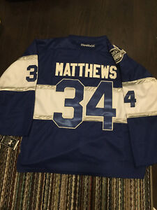 BNWT TORONTO MAPLE LEAFS AUSTON MATTHEWS WINTER CLASSIC JERSEY
