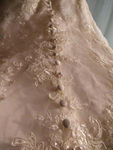 Wedding dress size 22w
