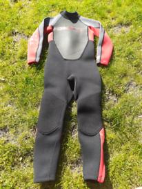 O'Neill Childs Wetsuit size UK 4