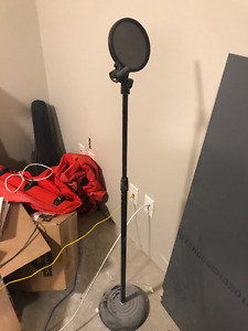 Microphone Pop Filter and Stand