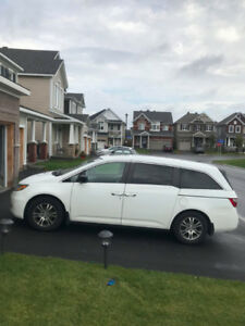 2011 Honda Odyssey EX-L - FULLY LOADED, NO ACCIDENTS