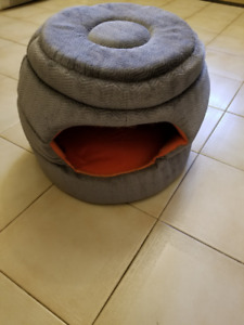 PET BED - COVERED