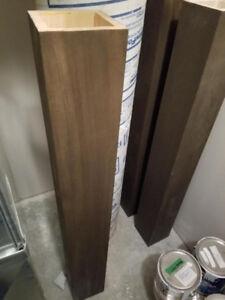 Interior railing posts