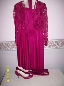 Dress , shoes and purse New price
