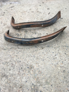1947 to 1954 Chevy/GMC front fender supports