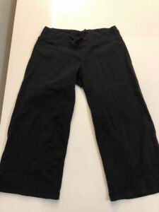 Lululemon Crops - Excellent Condition