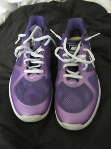 New sports shoes, Nike Training Lunar Victory, size 10, purple