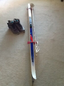 X COUNTRY SKIS, BINDINGS, BOOTS AND POLES (Men's)