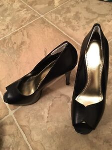 Shoes barely or never worn Strathcona County Edmonton Area image 3