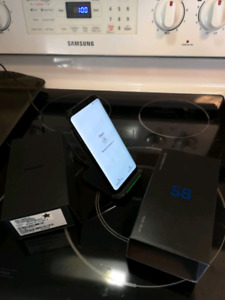 Samsung Galaxy S8 unlock with wireless charging dock