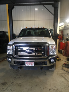 2015 Ford F-350 F X 4 OFF ROAD SIMPLE CAB Camionnette