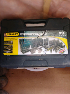 99 piece stanly professional socket set