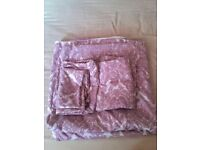 Double Duvet Set £6