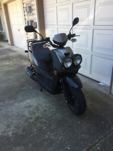 2015 yamaha bws50 scooter like new
