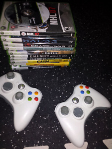 2x Xbox controllers & games