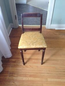 Kids wood chair Kitchener / Waterloo Kitchener Area image 1