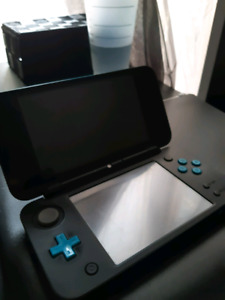 2DS XL and games for sale