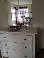 Dresser and 4 piece mirror