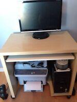 meuble d'ordinateur / computer desk