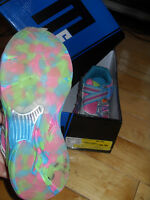 size 12 girls barelly worn sneakers with box