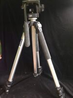 Manfrotto pro tripod w/fluid head