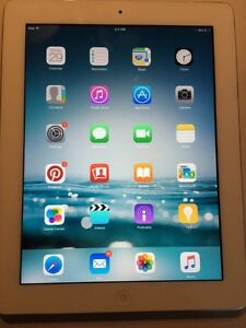 iPad  - 16 GB - in great condition