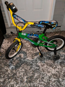 Bicyclette Hot Wheels