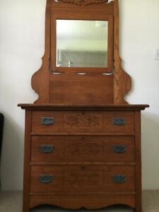 Solid wood antique dresser with mirror