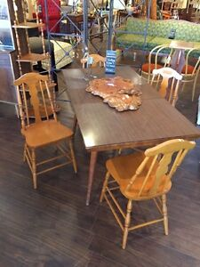 Vintage table and leaf and 4 chairs