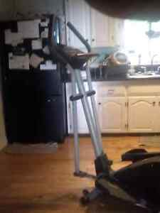 ELLIPTICAL TRAINER FOR SALE!