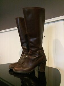 Genuine leather expensive boots