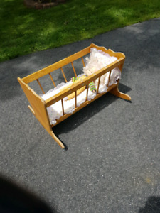 Cradle for dolls