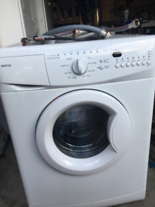 Maytag stackable washer - Front load - Model # MHWC7500YW