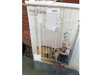 Pet gate tall