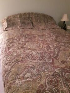 Comforter - reversible with shams and bedskirt