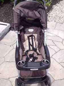 Peg Perego Aria MT Lightweight Stroller Excellent Condition Kitchener / Waterloo Kitchener Area image 2