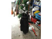 Full set of golf clubs only used twice