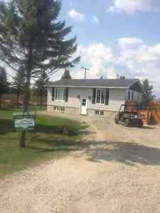 STRICKLAND-FOUQUIER HOUSE FOR SALE WITH 47 ACRES AND MINNOW POND