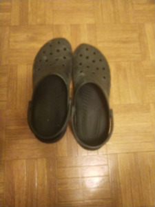 Mens  black size 15 crocs for sale in mint condition