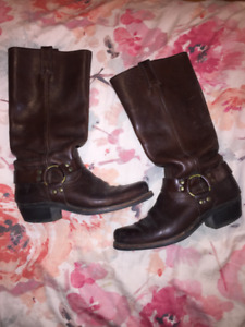 Frye Harness 12R mid calf boot in Dark Brown - Size 9 1/2