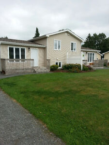 Owner Maintained 2 bed Duplex $750 plus utilites Avail Jan 1
