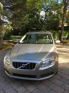 2008 Volvo V70 Leather Wagon