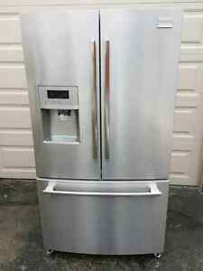 Stainleas french door fridge